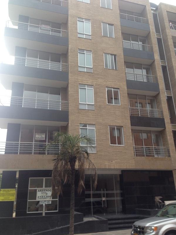 79684 - Apartamento en Arriendo Chico Navarra