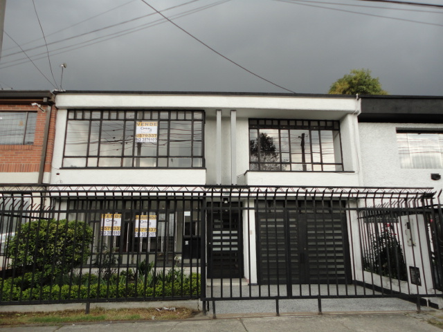 81797 - Casa  para Arriendo en El Polo uso oficina bajo impacto