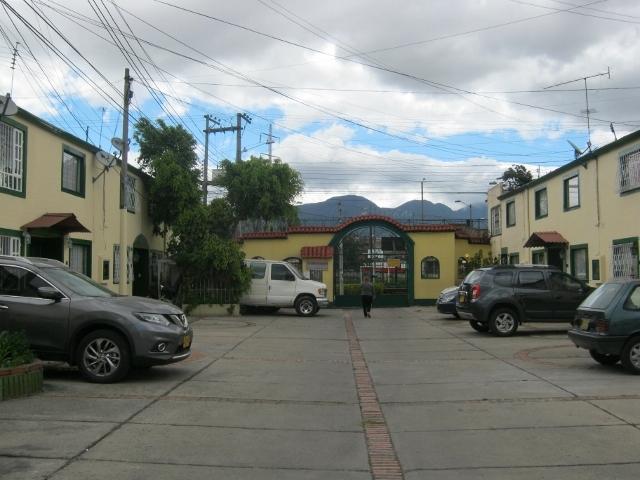 Casa en Villa Mayor Oriental 6628, foto 1