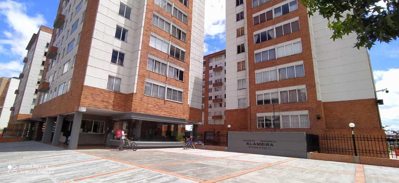 Apartamento en Ciudad Salitre Occidental 10656, foto 0