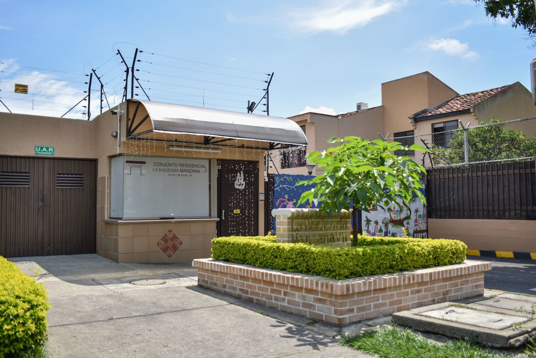 102426 - Casa en venta La Hacienda, Cali
