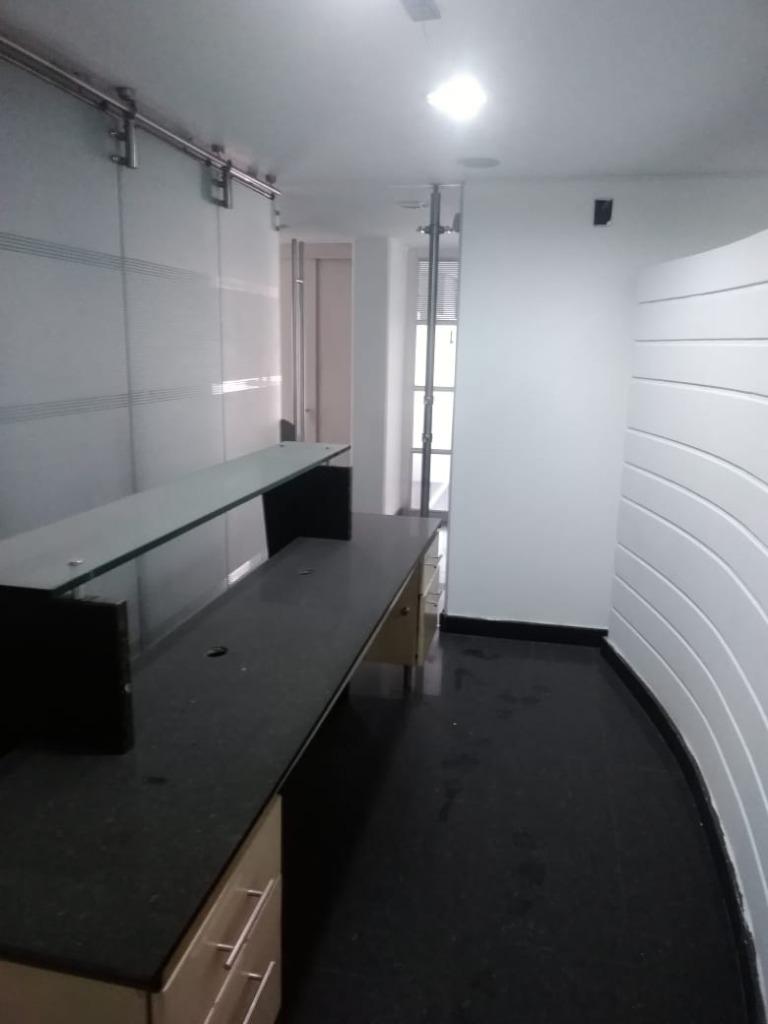Oficina en Marly 10980, foto 3