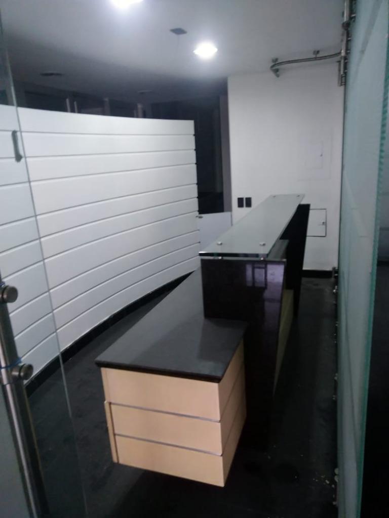 Oficina en Marly 10980, foto 1