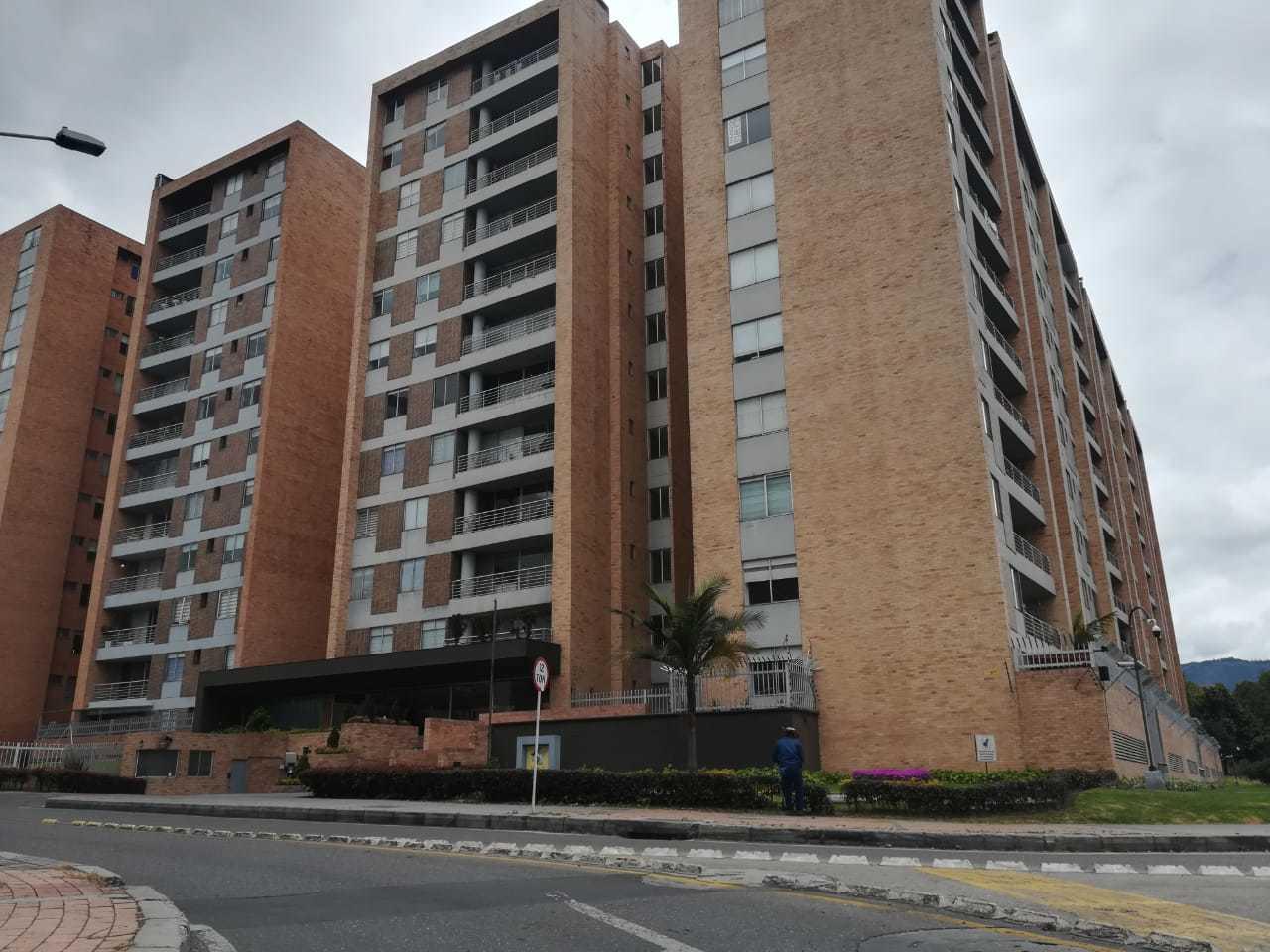 Apartamento en Urbanizacion Los Laureles 7647, foto 1