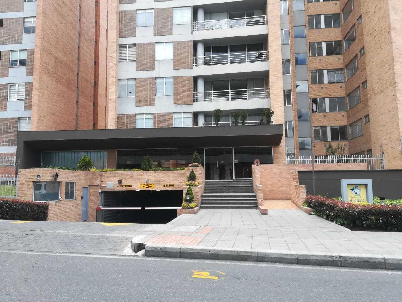 Apartamento en Urbanizacion Los Laureles 7647, foto 0