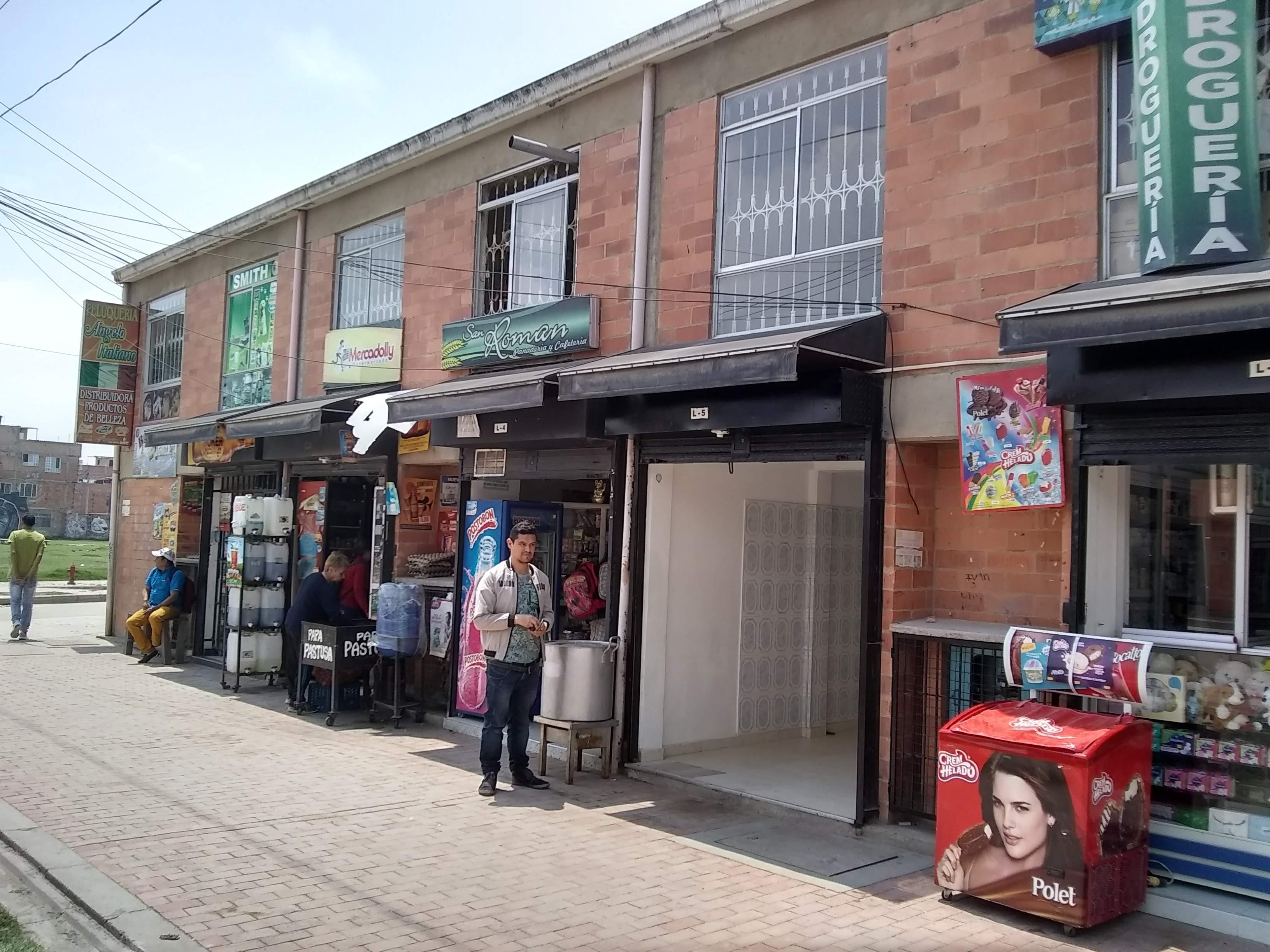 Local en Soacha 4832