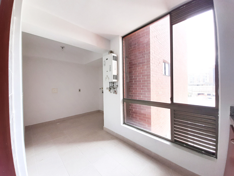 Apartamento en La Alameda 170 7915, foto 2