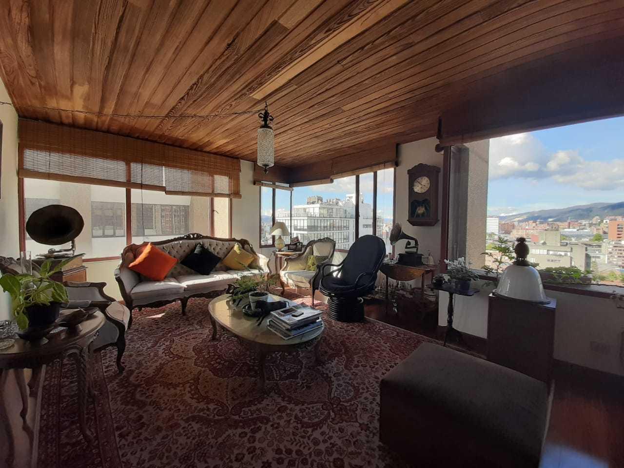 96983 - Apartamento en venta en el Nogal, Exclusivo barrio en Bogota.