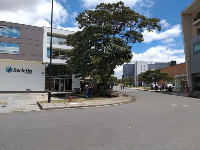 Oficina en Zona Franca 10822, foto 2