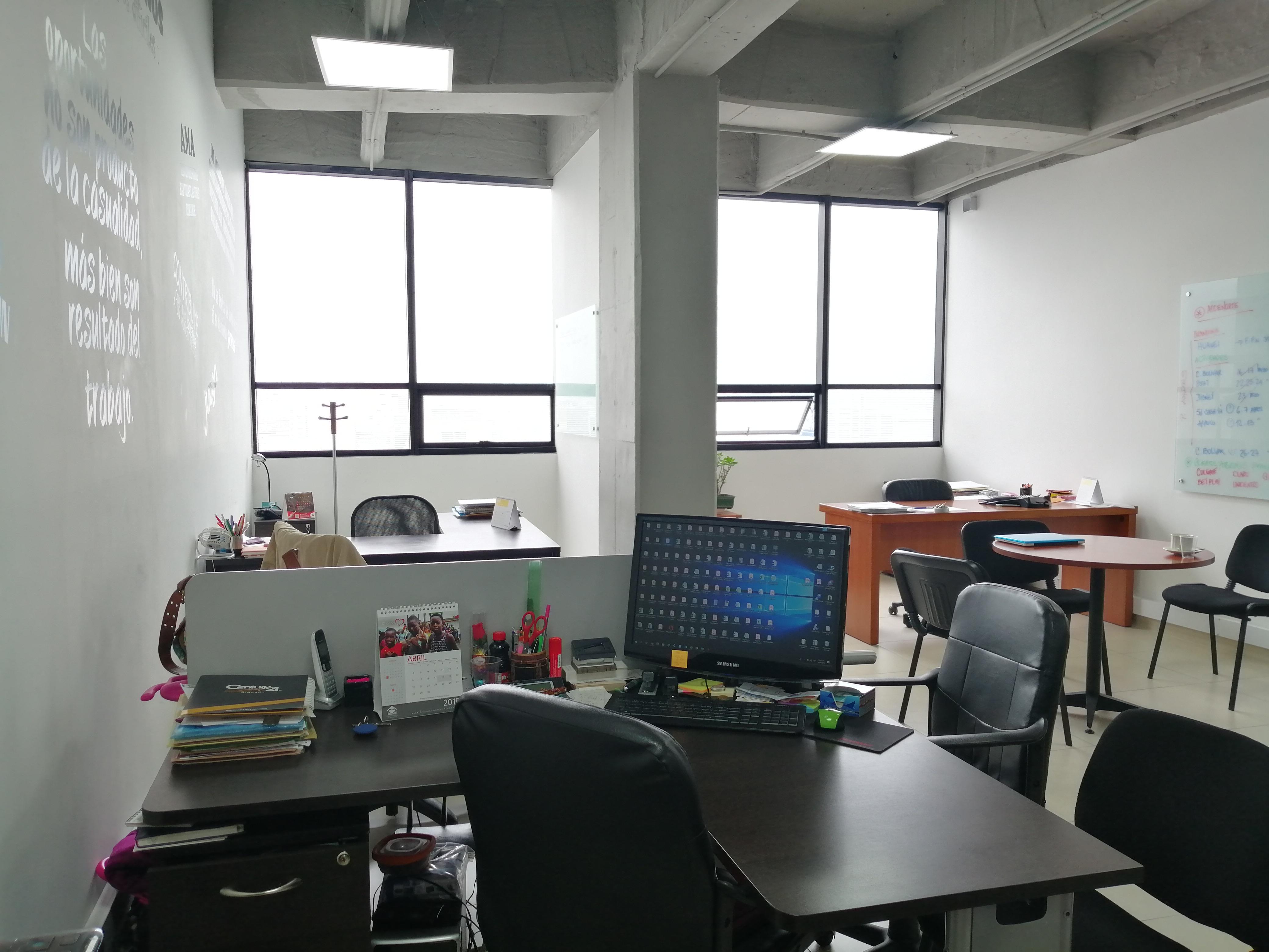 Oficina en Bella Suiza  5977, foto 3