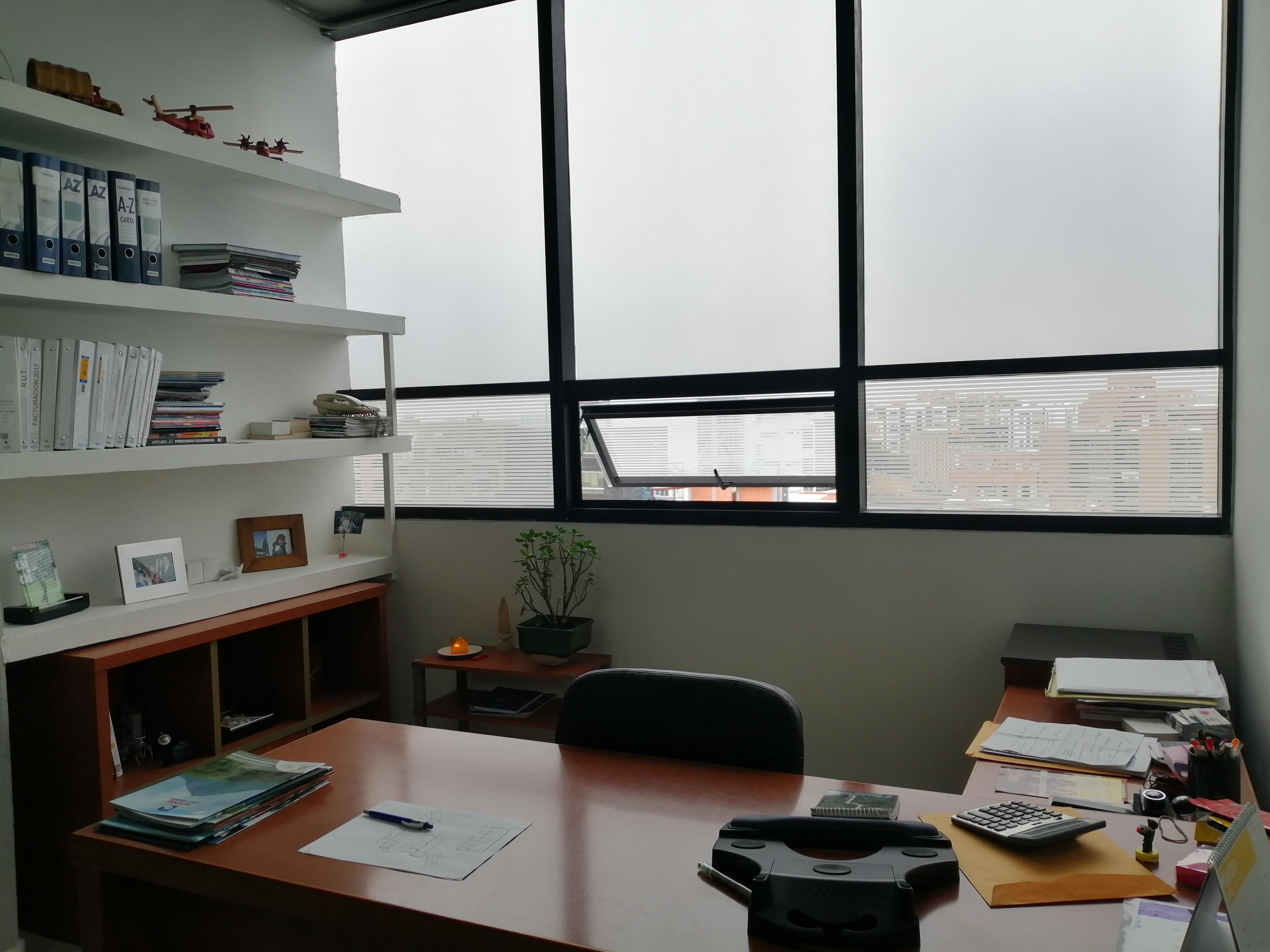 Oficina en Bella Suiza  5977, foto 1