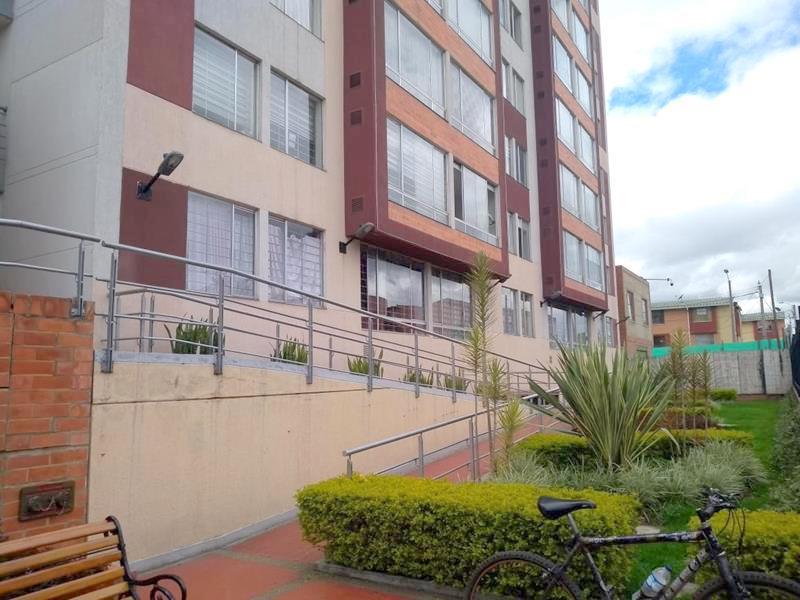 Apartamento en Pinos Lombardia 6512, foto 0