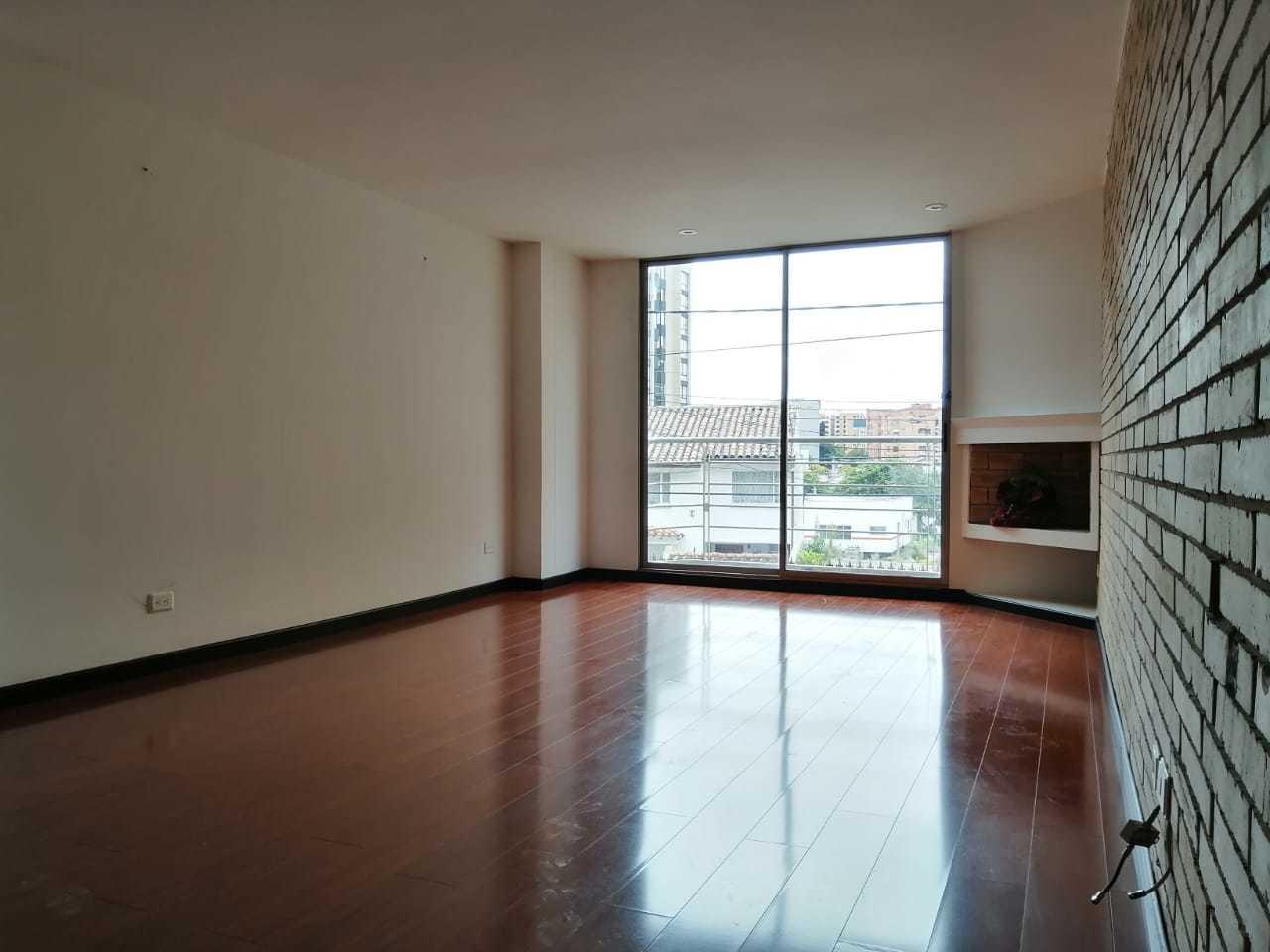 Apartamento en Bella Suiza  8614, foto 1