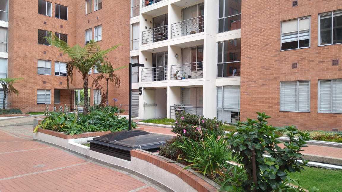99361 - En venta magnifico apartamento de amplias áreas en PONTEVEDRA