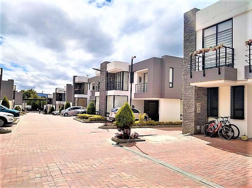 Casa en Cota 9315, foto 3