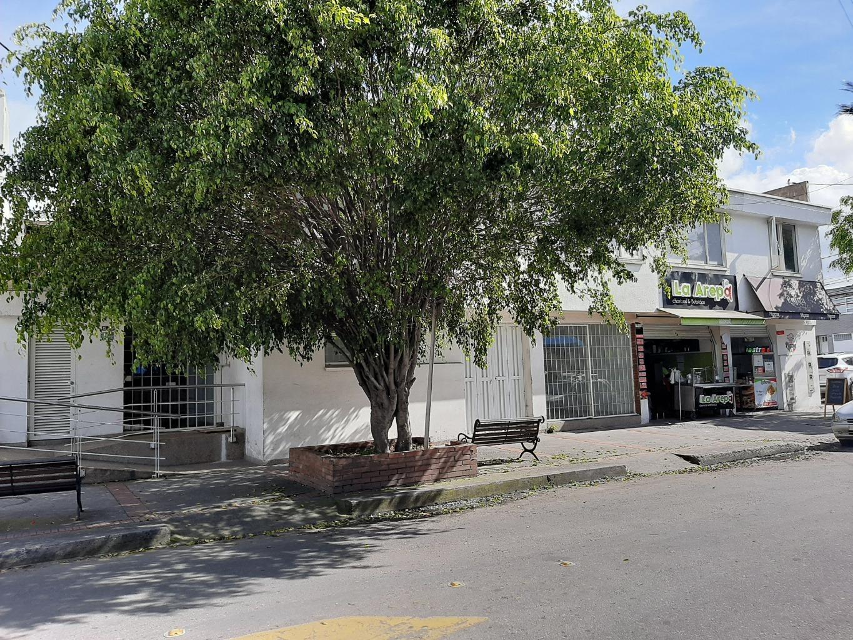 Oficina en Pasadena 10821, foto 1