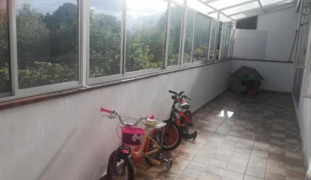 Apartamento en La Alhambra 11003, foto 3