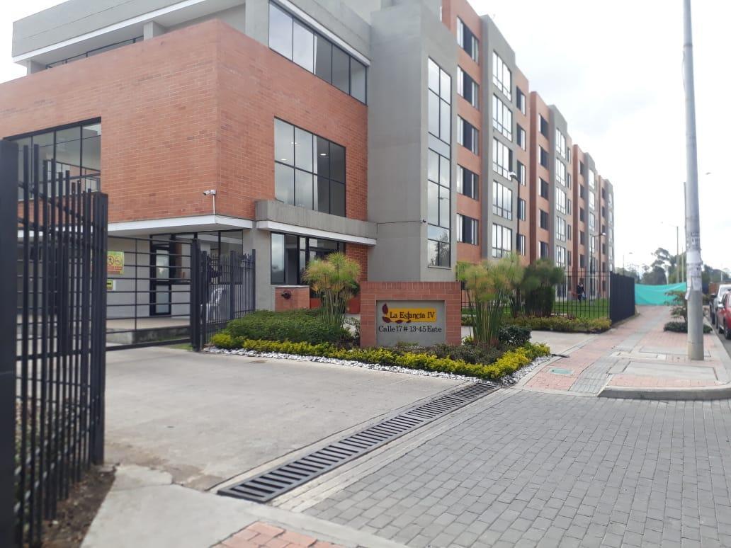Apartamento en Mosquera 7935