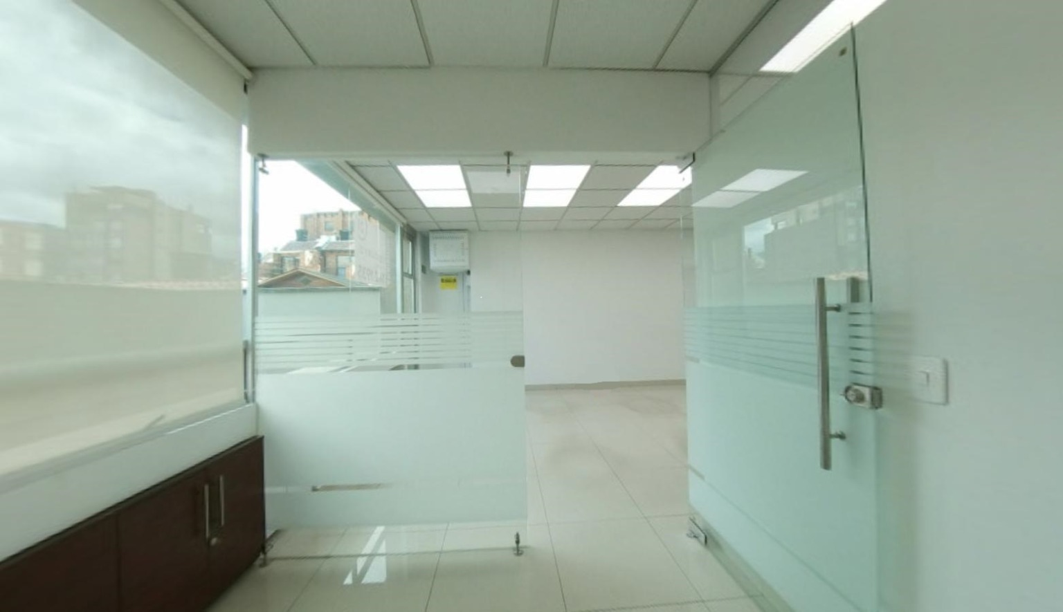 Oficina en Santa Paula  8711, foto 3