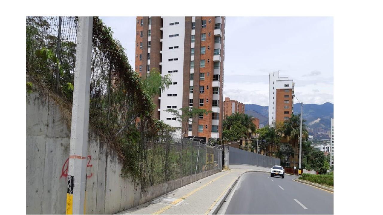 Casalote en Medellin 550, foto 2