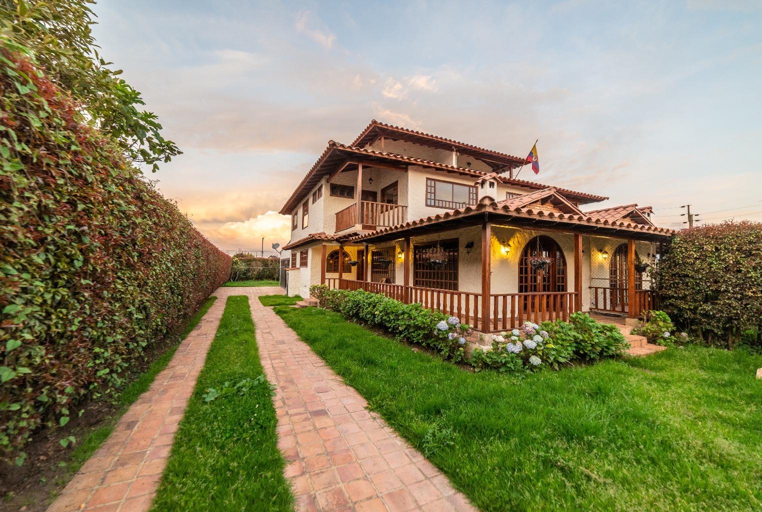 Casa en Cota 13036, foto 0