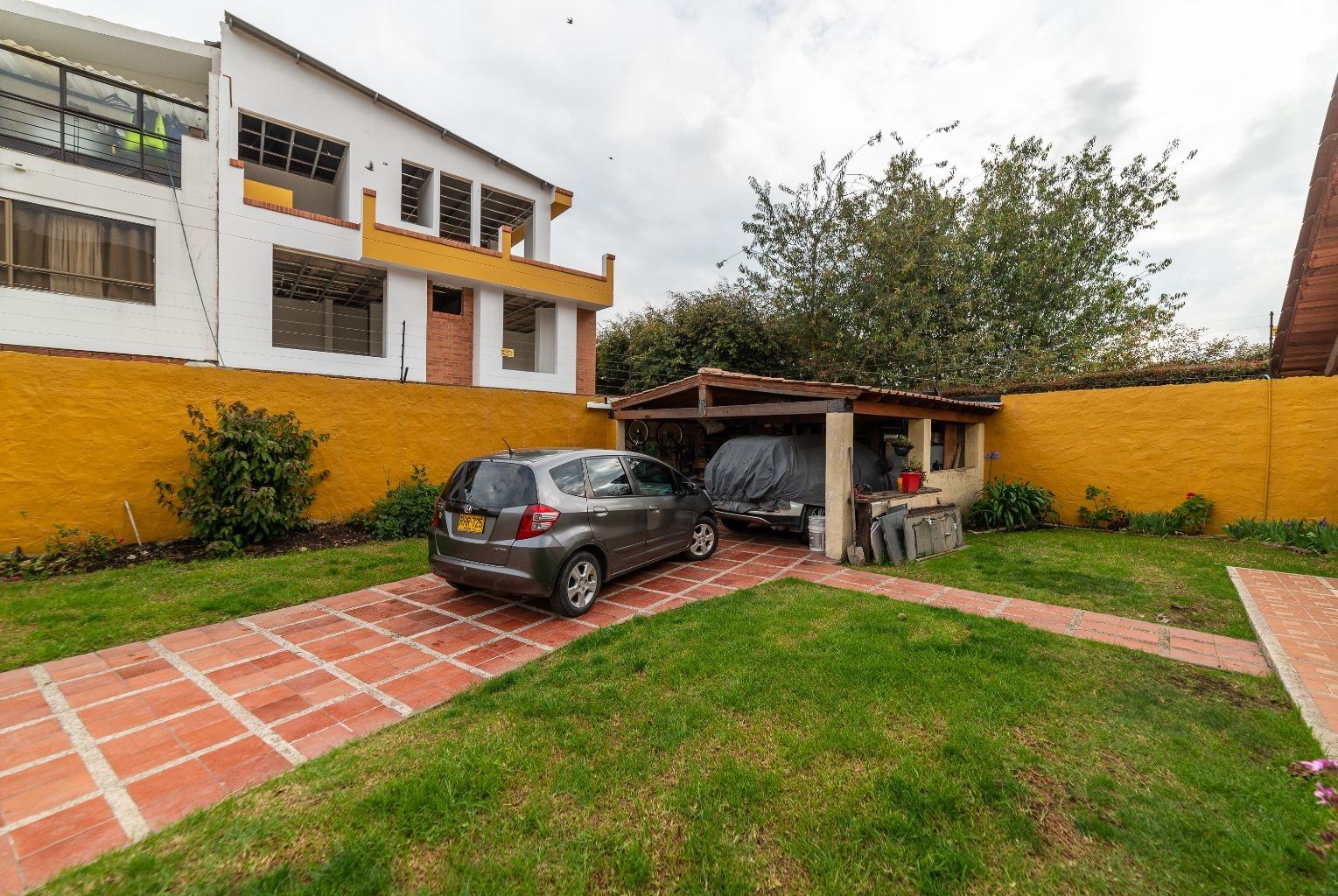 Casa en Cota 15839, foto 2