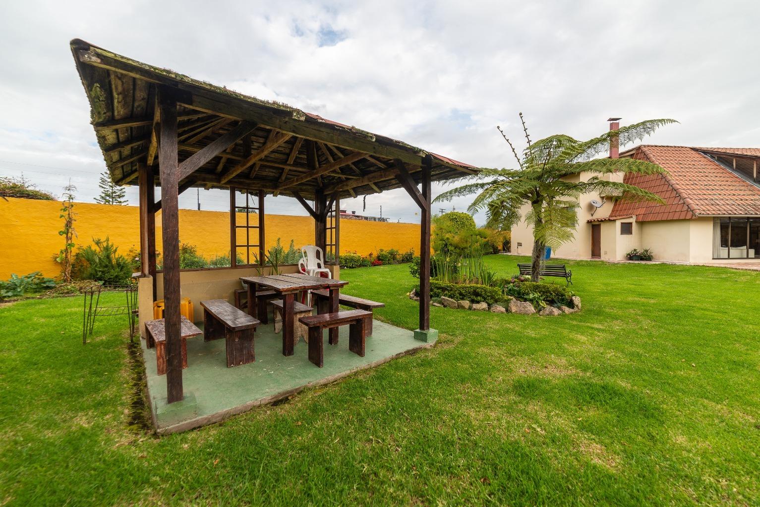 Casa en Cota 15839, foto 1