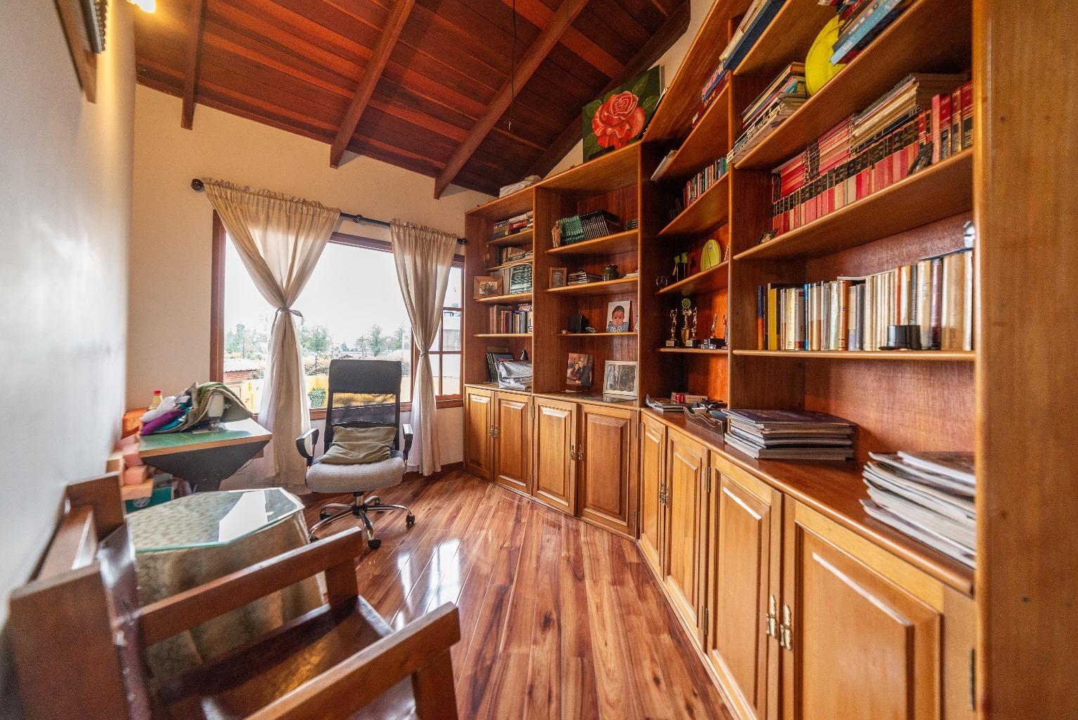 Casa en Cota 15839, foto 15