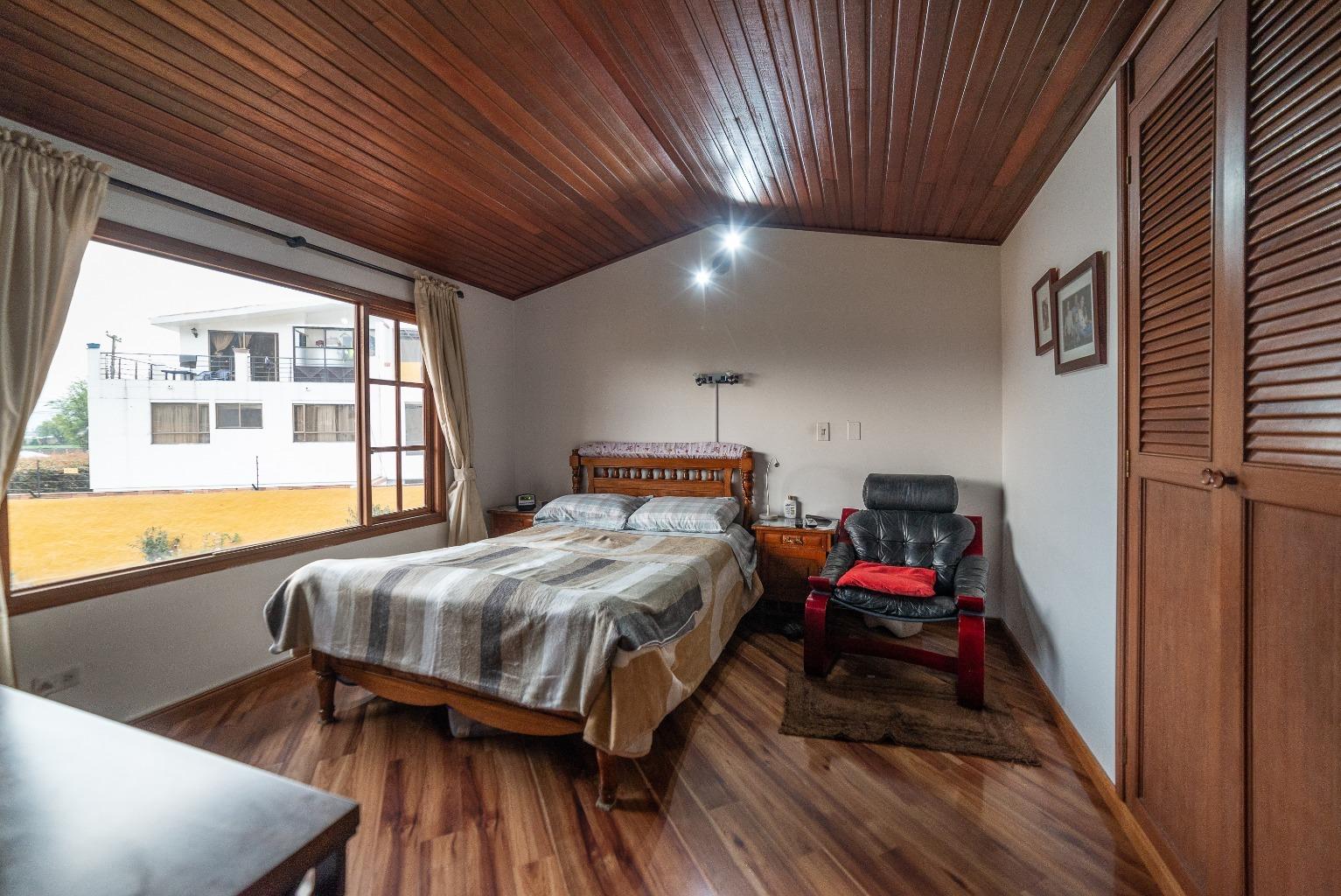 Casa en Cota 15839, Photo18