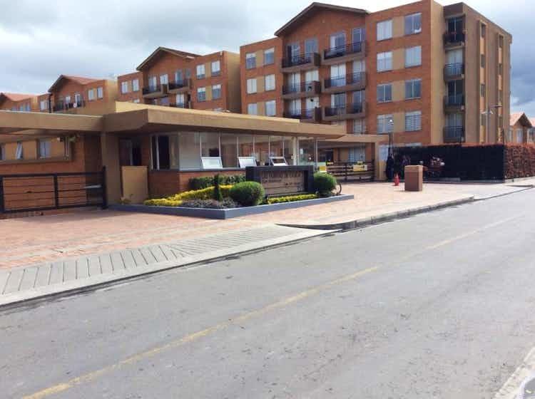 103958 - En venta espectacular apartamento Huertas Club Cajicá