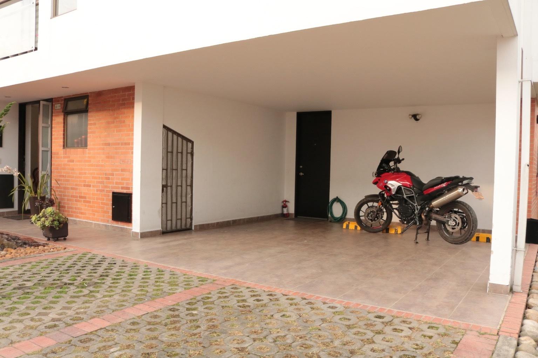 Casa en Cota 8884, foto 10