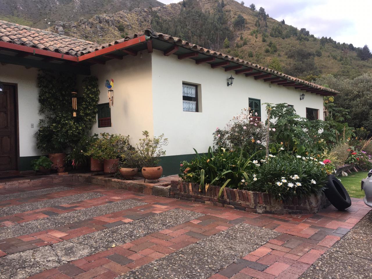 Casa en Cota 9007, foto 1