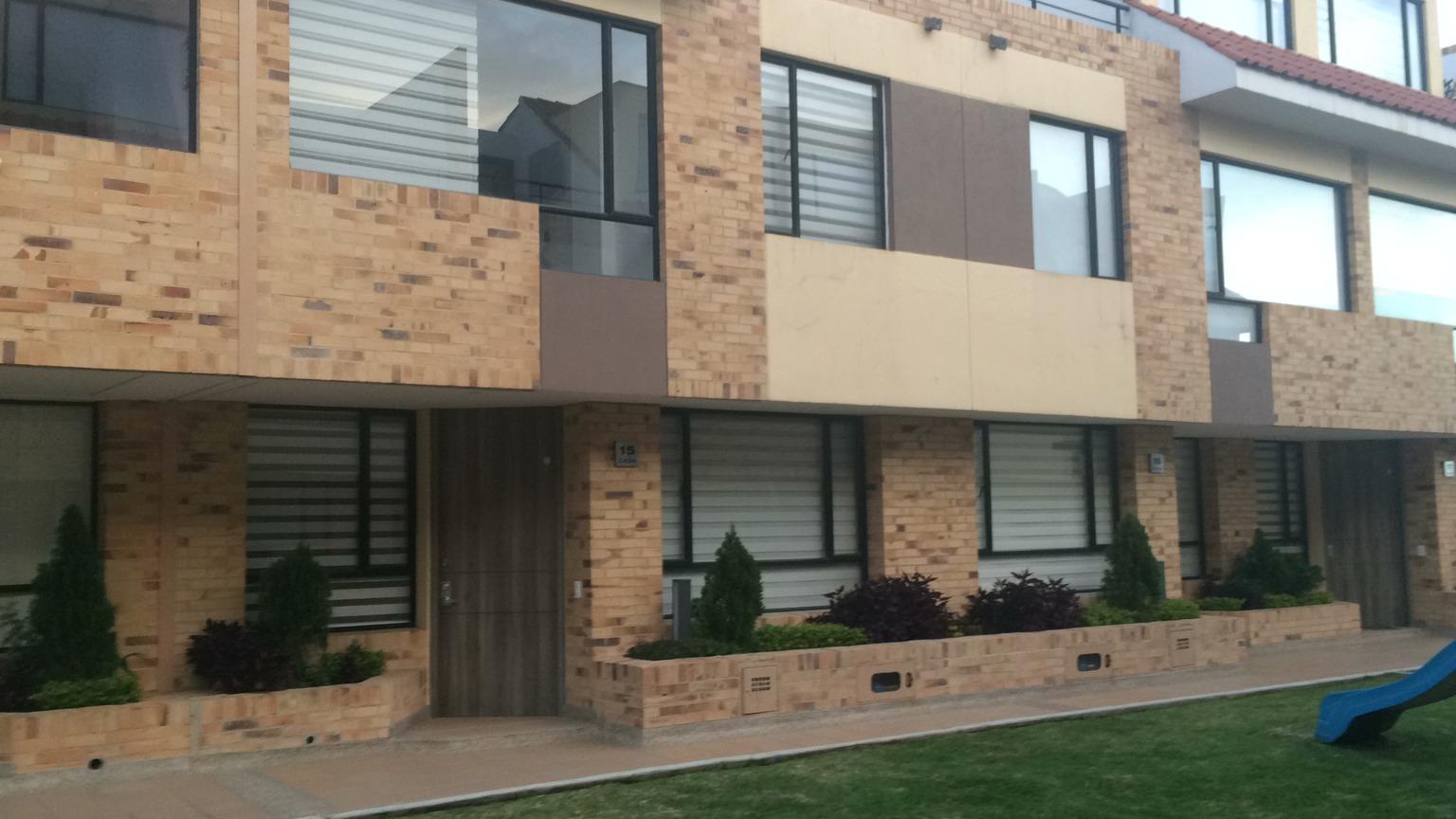 Casa en Cota 9260, foto 0