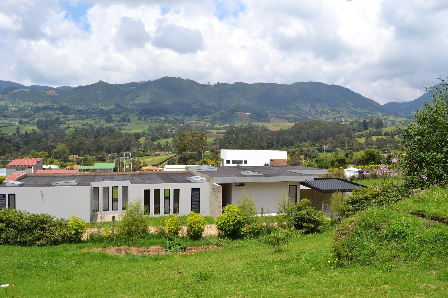 99100 - Hermosa casa para la venta en la vereda Rio Frio Oriental