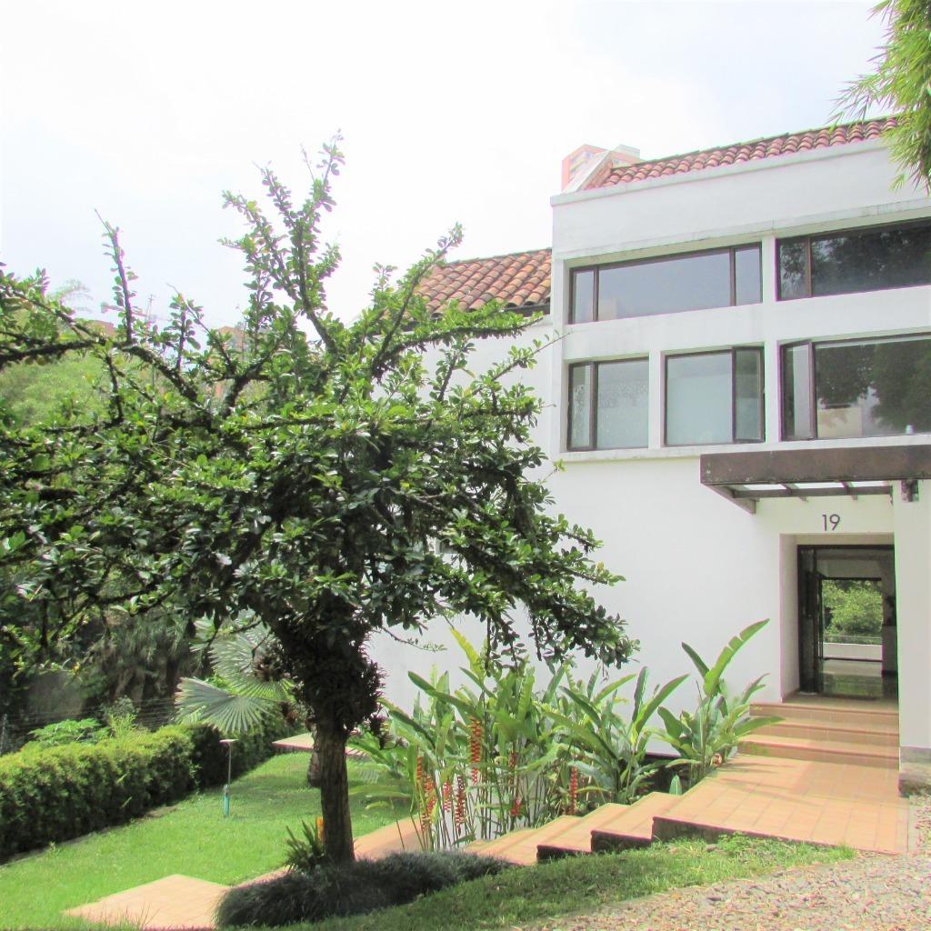 100634 - Arriendo casa el poblado el Campestre medellin Colombia