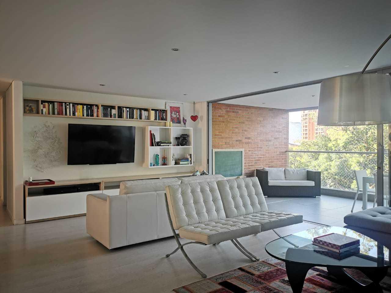 100929 - Apartamento em venta  Envigado Benedictinos