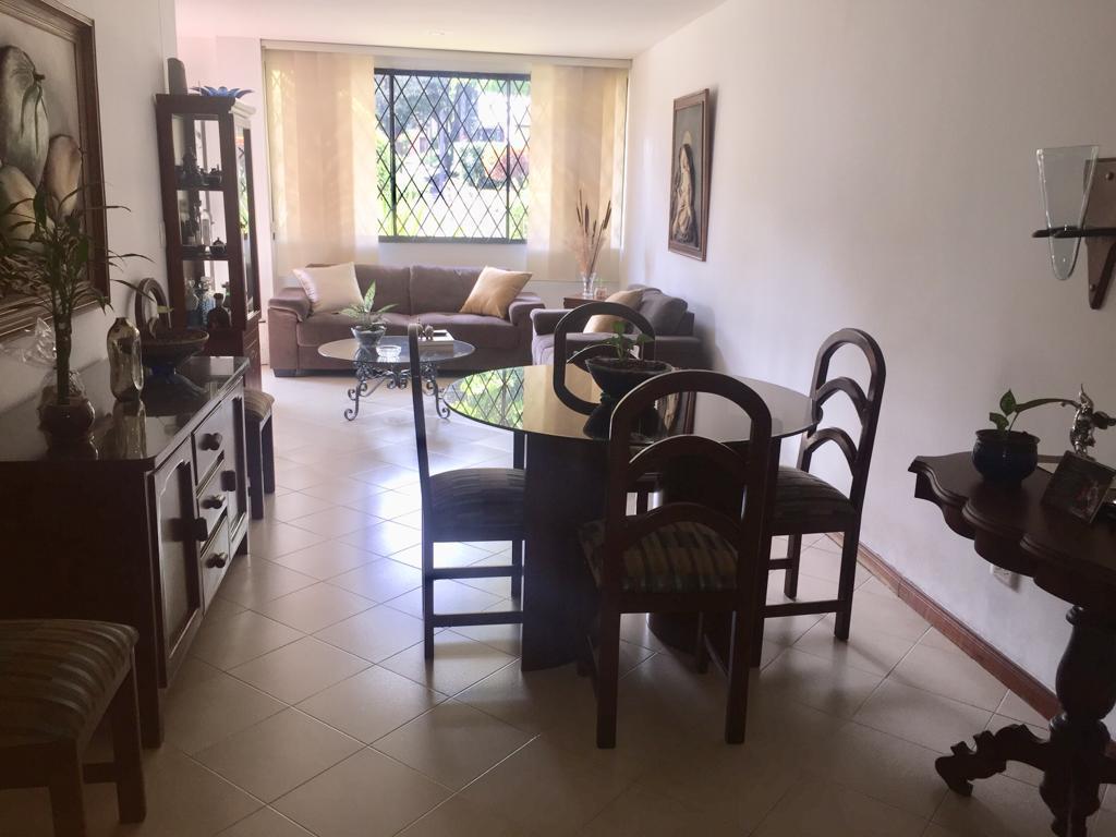100979 - Venta Apartamento Laureles - Medellin