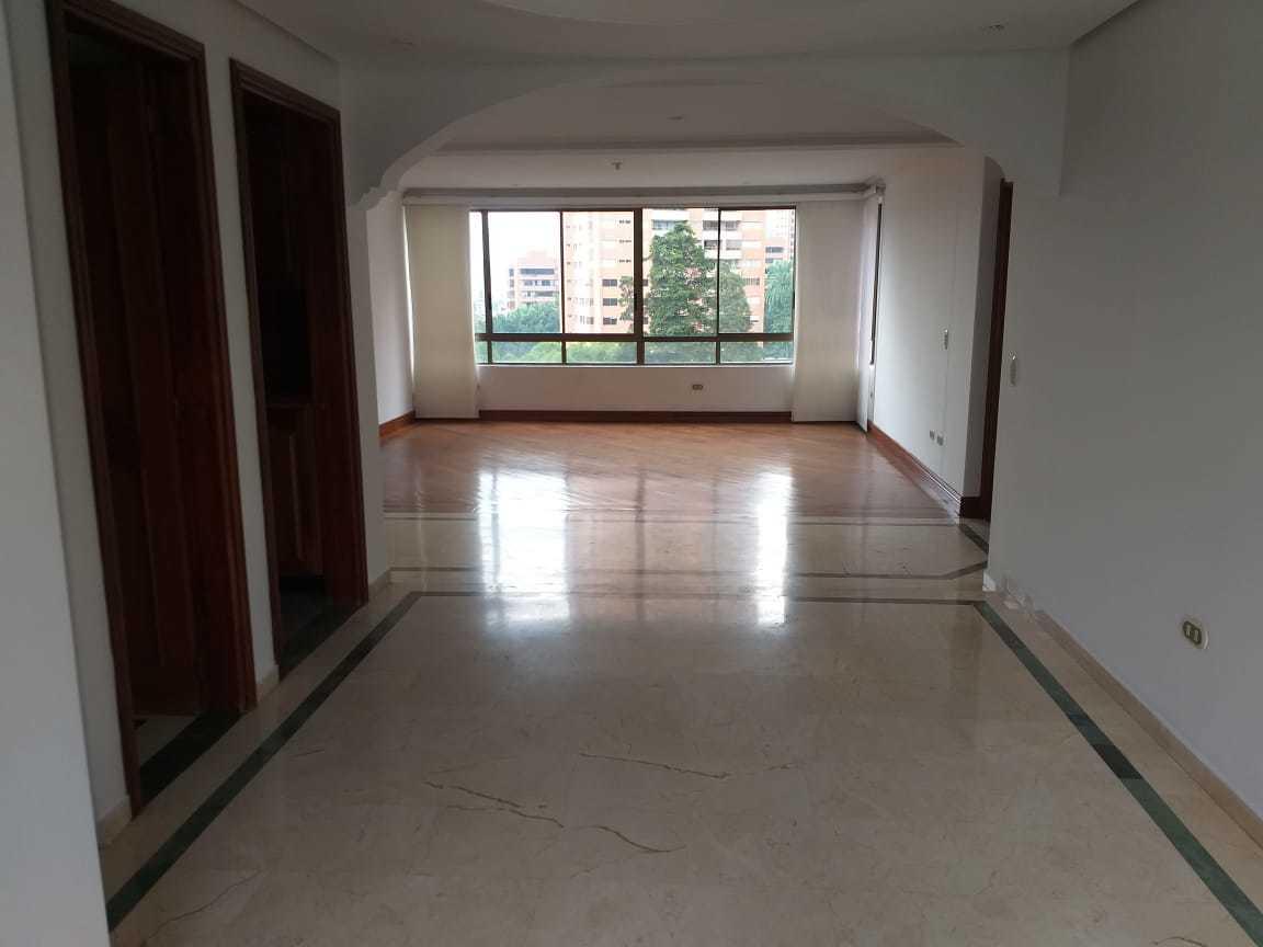 100988 - Arriendo Apartamento en el Poblado- Medellin