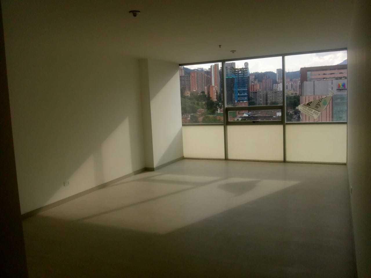 Oficina en Medellin 11289, foto 2