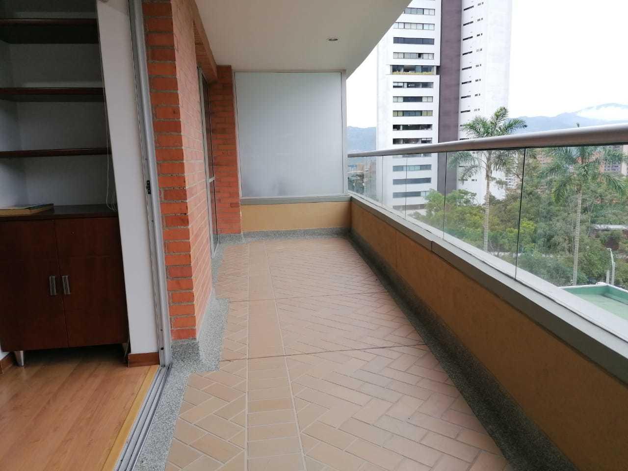 101558 - Se Arrienda Apartamento Senior's Club San Lucas Poblado-Medellin