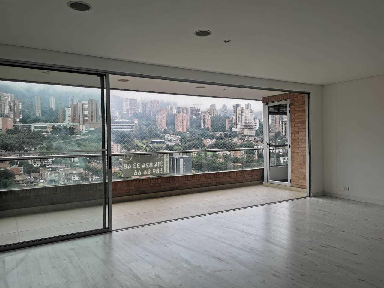 102550 - Arriendo apartamento en el Poblado - Medellin - sector Los Parras
