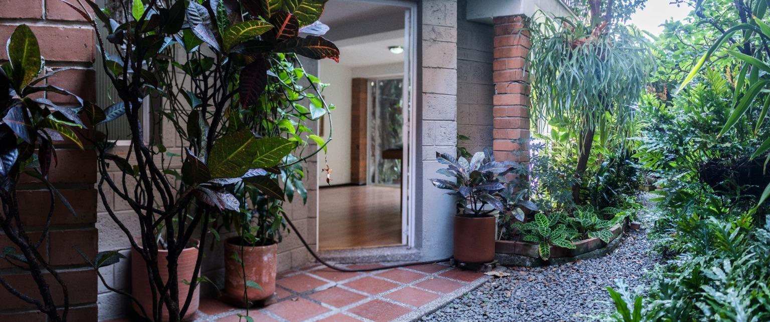 103435 - Se Vende casa en laureles Medellin