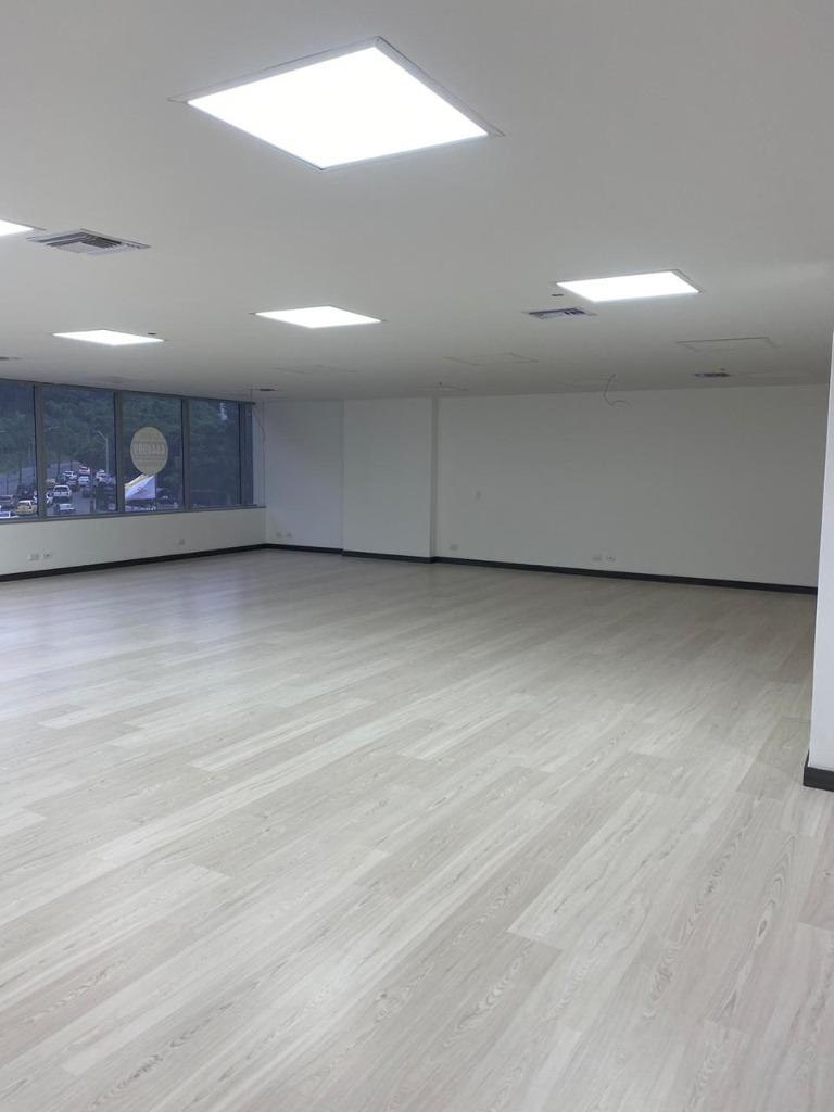 Oficina en  El Poblado, MEDELLIN 92735, foto 2