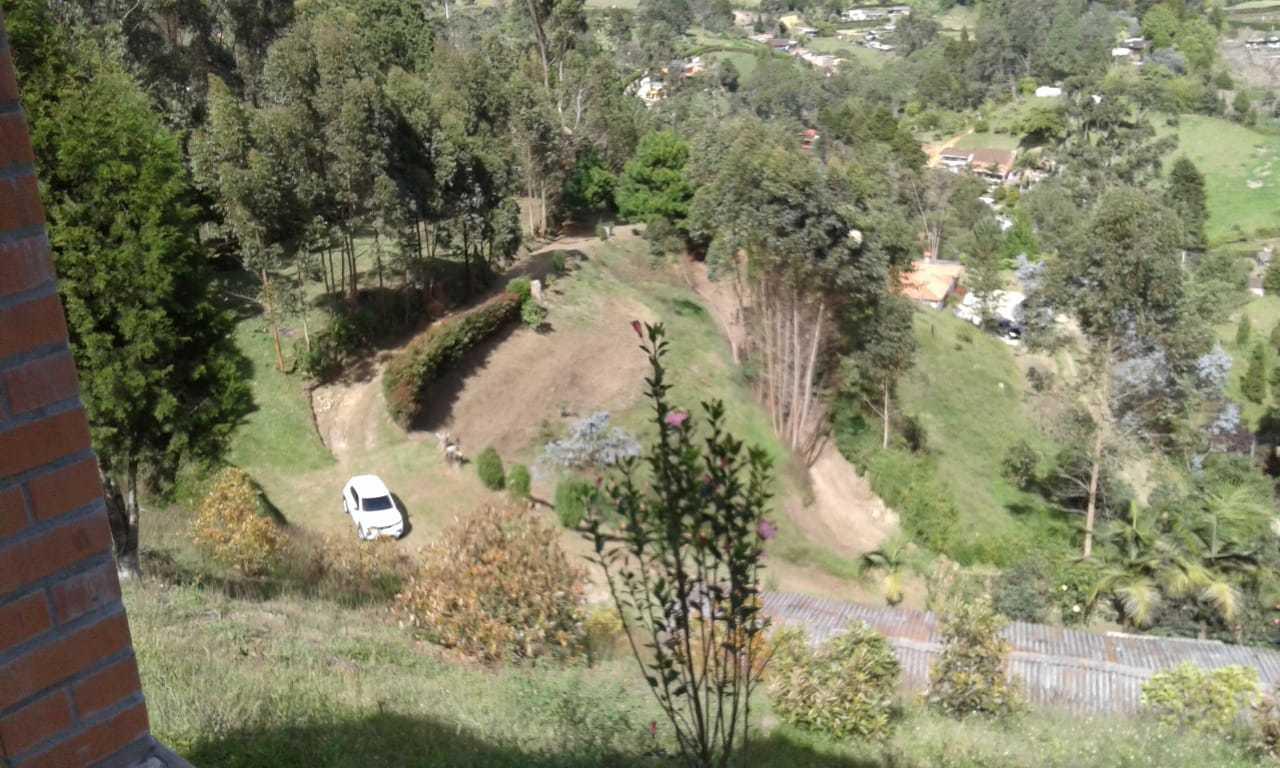 96081 - Vendo finca con 2 casas,en producción de aguacates en Guarne Antioquia