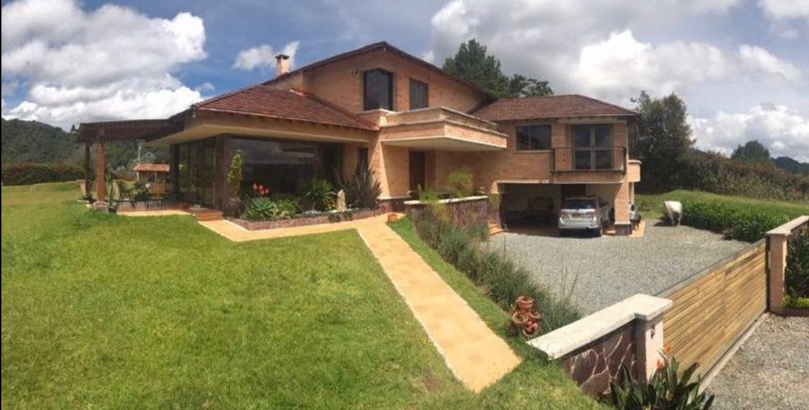 96494 - Hermosa casa en venta en El Retiro