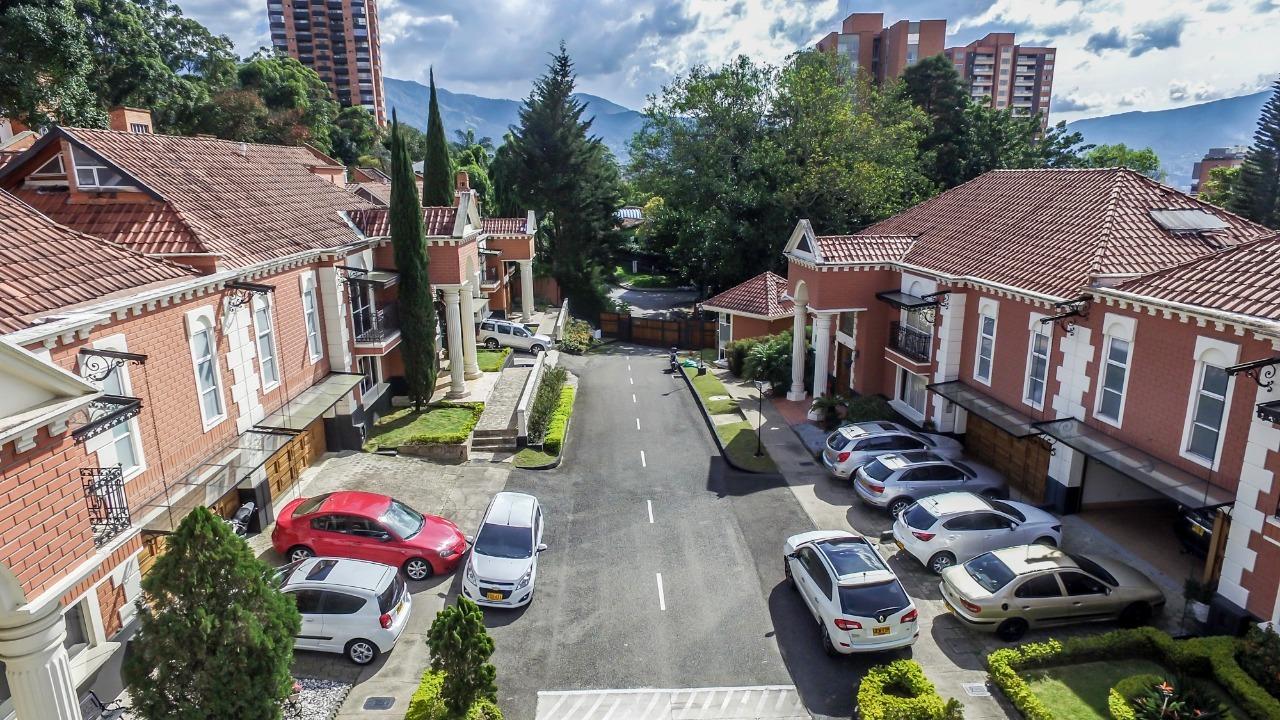 Casa en Medellin 680, foto 2