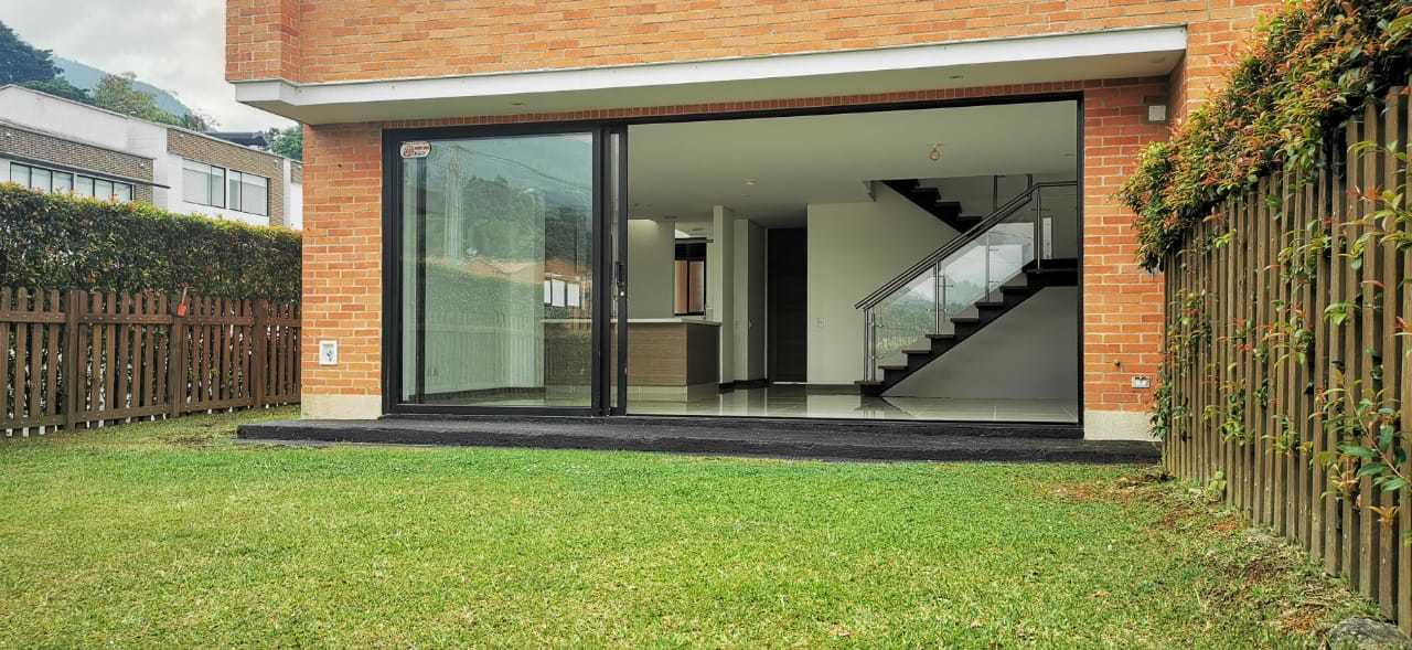 Casa en Medellin 698, foto 0