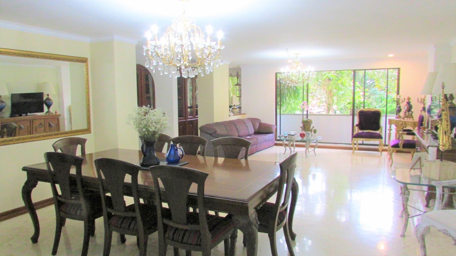 98917 - Vendo Apartamento Castropol Poblado Medellin Colombia