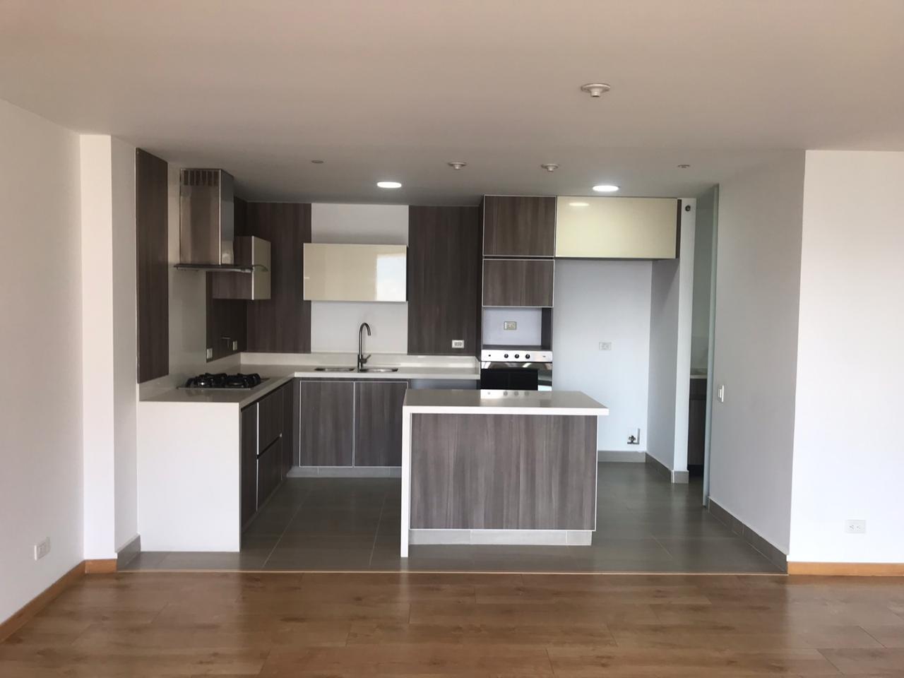 99208 - Arriendo Apartamento Loma Las Brujas Envigado