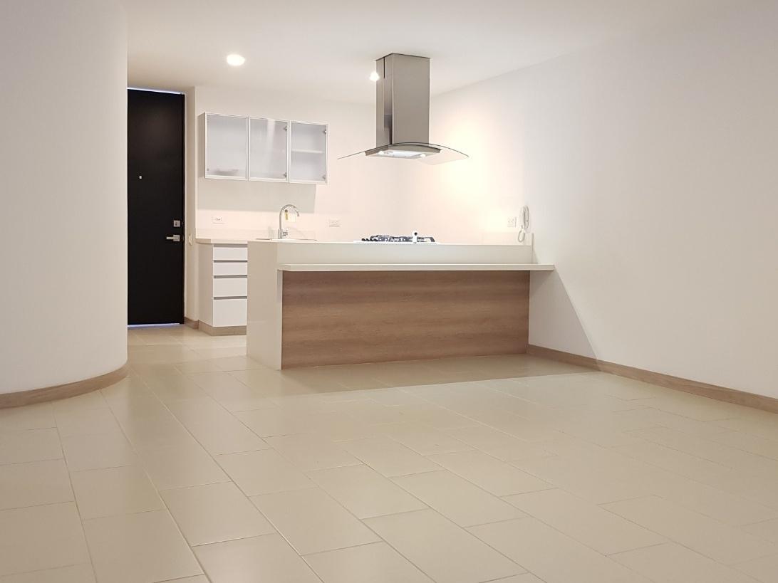 100164 - Se arrienda apartamento en Laureles